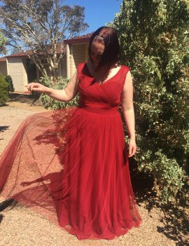 New V-Line Red Tulle Bridesmaid Dress